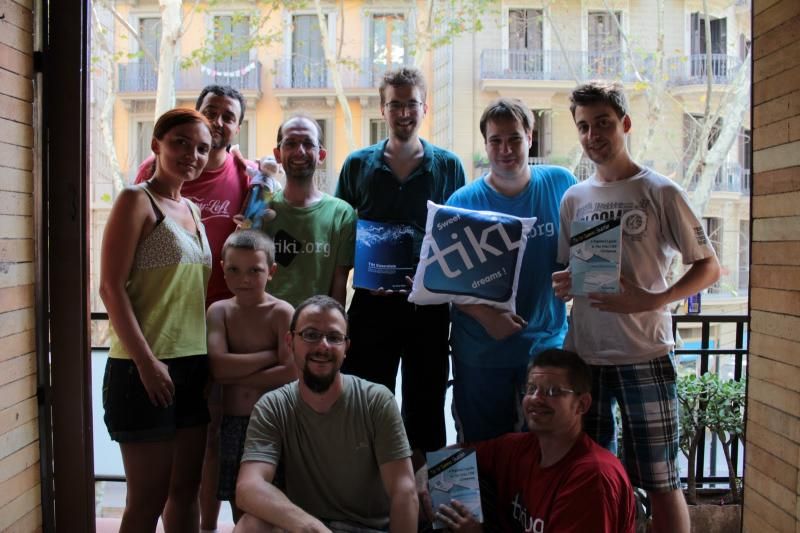Group picutre at the last day of TikiFest BCN 2012 (missing gezza)